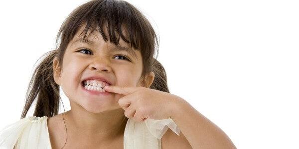 Общие причины бруксизма во сне у детей
