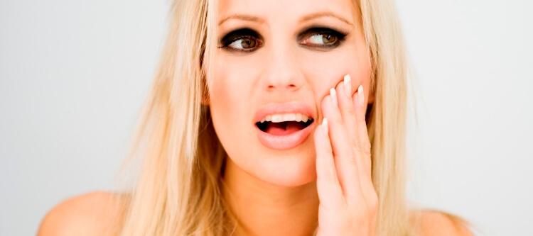 почему сильно болит зуб после пломбирования