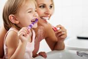 как правильно ребнку чистить зубы