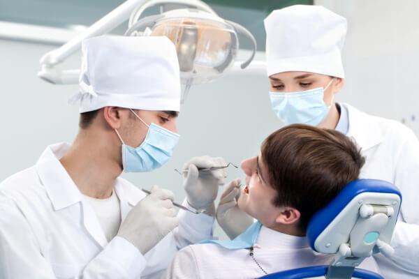 терапия гнилых зубов в стоматологии