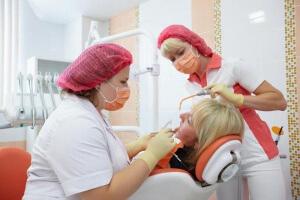 сколько стоит нарастить передний зуб