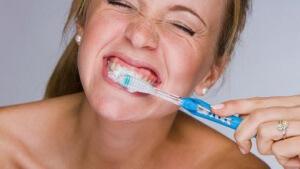 как чистить зубы если появился альвеолит