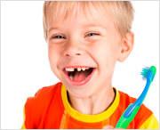 можно ли давать электрическую зубную щетку ребенку и не опасно ли это