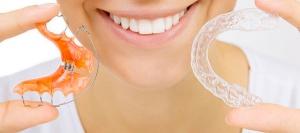 насколько реально выровнять зубы без брекетов и как подобрать способ