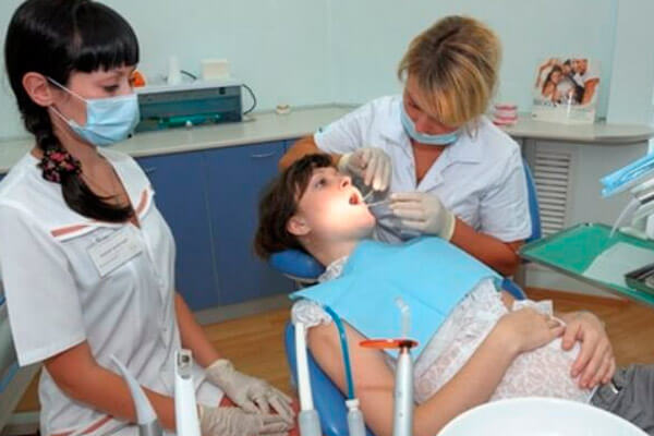 можно ли лечить кариес с анестезией