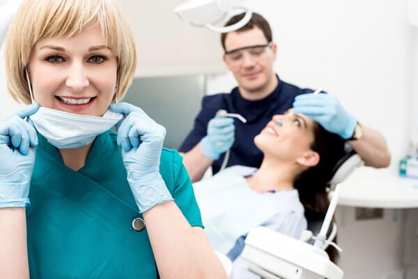 чем лечить если кровоточит десна при чистке зубов
