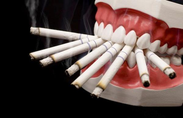 Разрушение эмали зубов причины фото