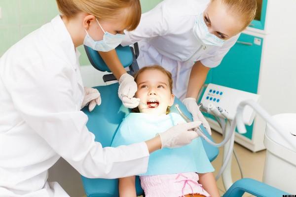 Методики лечения контактного кариеса молочных зубов