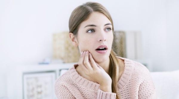 Что делают специалисты, если остался осколок после удаления зуба