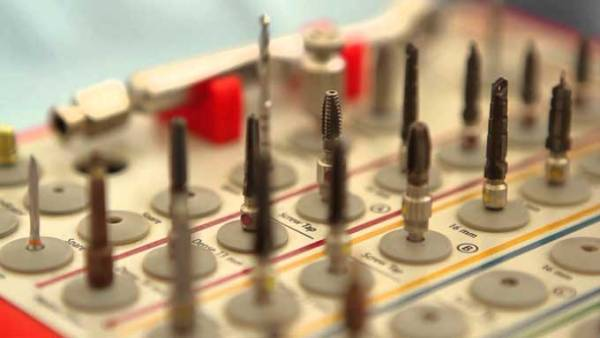 Производители имплантов зубов и рейтинг популярности