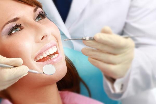 После удаления зуба на десне экзостоз