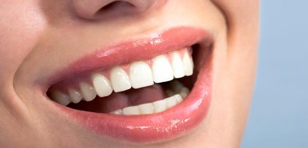 Современные способы художественной реставрации зубов