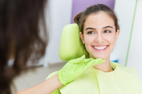 Особенности технологии отбеливания зубов Bleach n Smile