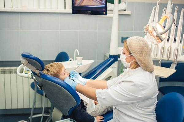 Показания к ортодонтическому вытяжению зуба