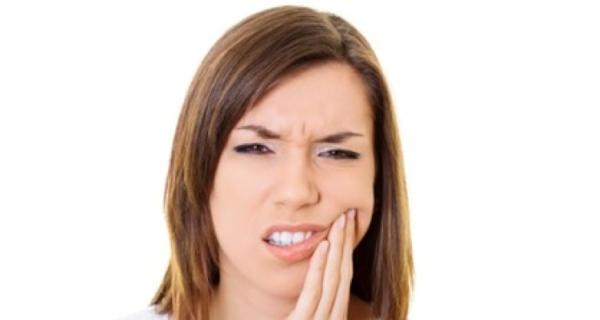 Болит зуб после имплантации – причины и способы устранения симптома