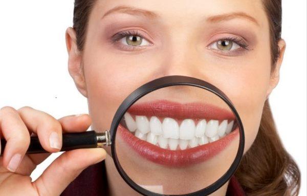 Отличие имплантации зубов от протезирования