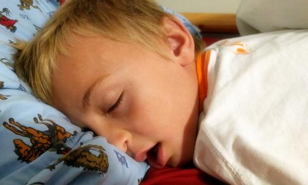 Контроль позы во сне