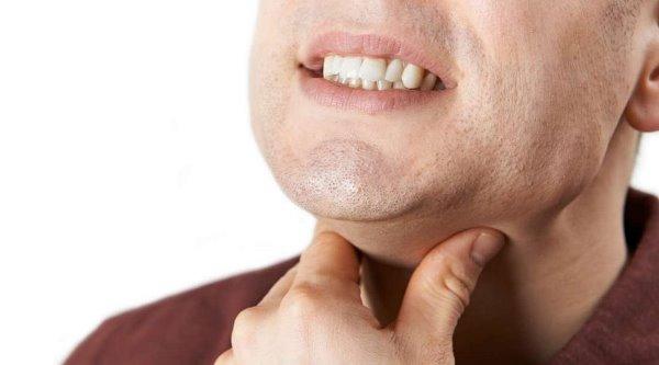 Как избежать аллергии на зубные протезы