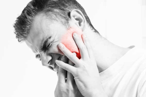 Тактика лечения кисты под коронкой зуба